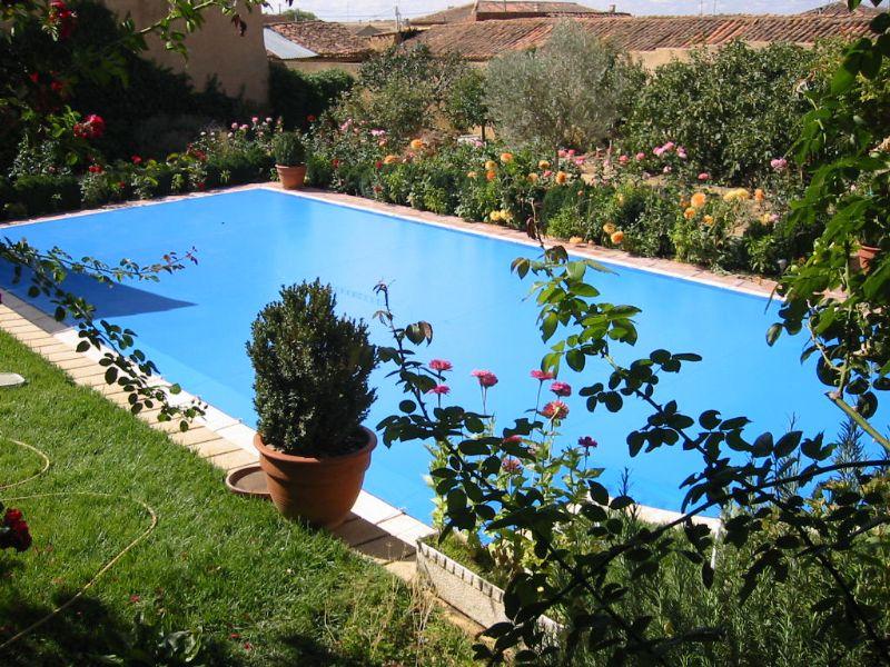 Cobertor piscina invierno for Mantenimiento piscina invierno